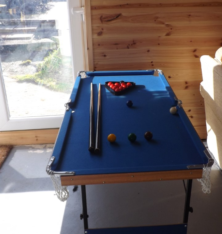 Games room - childrens table